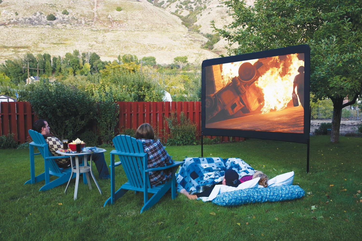 Backyard movie theater screens backyard refuge for Indoor gardening documentary